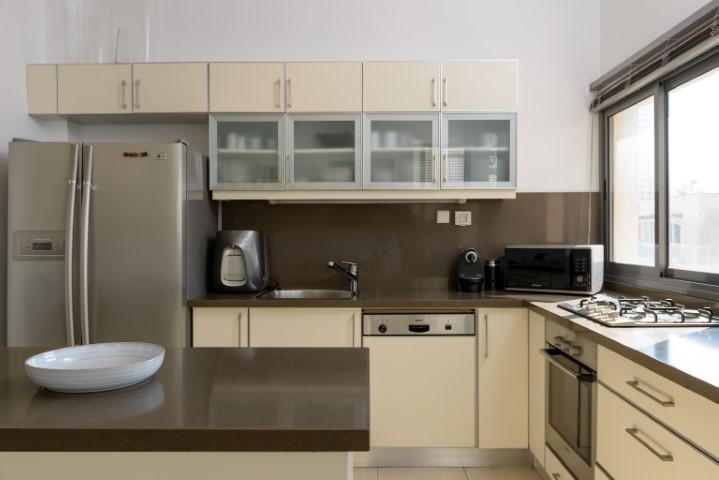 Smolenskin, Tel Aviv, 3.5 Bedrooms Bedrooms, ,3.5 BathroomsBathrooms,Apartment,For Rent,Smolenskin,2,1025