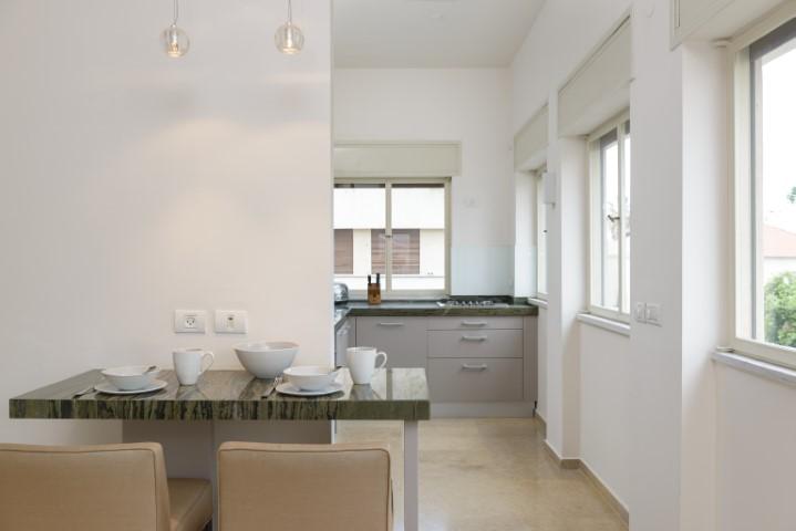 14 Yehuda Halevy, Tel Aviv, 1 Bedroom Bedrooms, ,1 BathroomBathrooms,Apartment,For Rent,Yehuda Halevy,2,1026